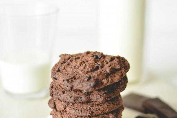 Teff Chocolate Chip Cookies